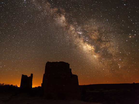 The Milky Way over Ancestral Puebloan ruins at Hovenweep International Dark Sky Park, Utah, USA. Credits: Jacob Frank/National Park Service