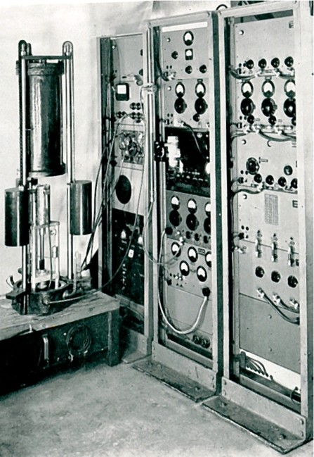 Apparatus for measuring the speed of light using the cavity resonator technique (1950). Credits National Physical Laboratory.