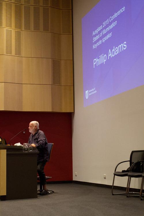 Keynote address by Philip Adams. Credits: Ausglass' 17th Biennial Conference.