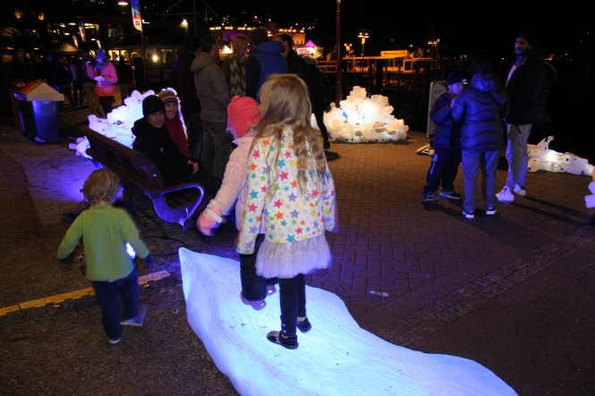 Icebergs and Free Beauites at Earnslaw Park Queenstown for the Auckland Airport Family Carnival, Winter Festival. Credit: Kristin O'Sullivan Peren.