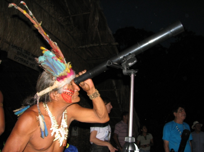 Desana indian (Raimundo) in the National Week of S & T. Credit: FAPEAM.