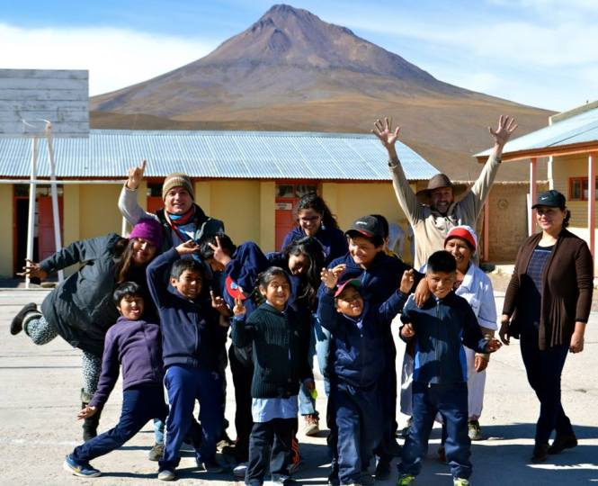 Fun at the end of activities in Cariquima, northern Chile. Credit: GalileoMobile.